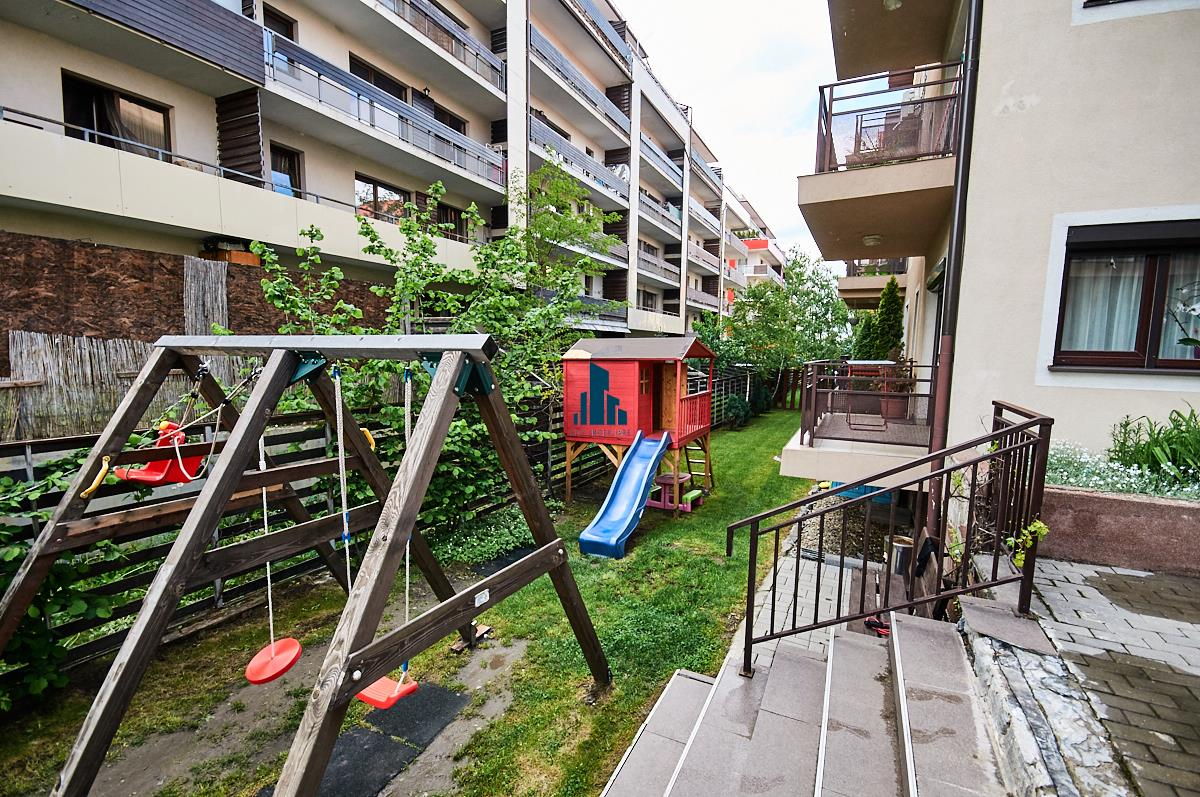 Apartament 3 camere, 83 mp + 2 balcoane 20 mp., 2 bai, Buna Ziua