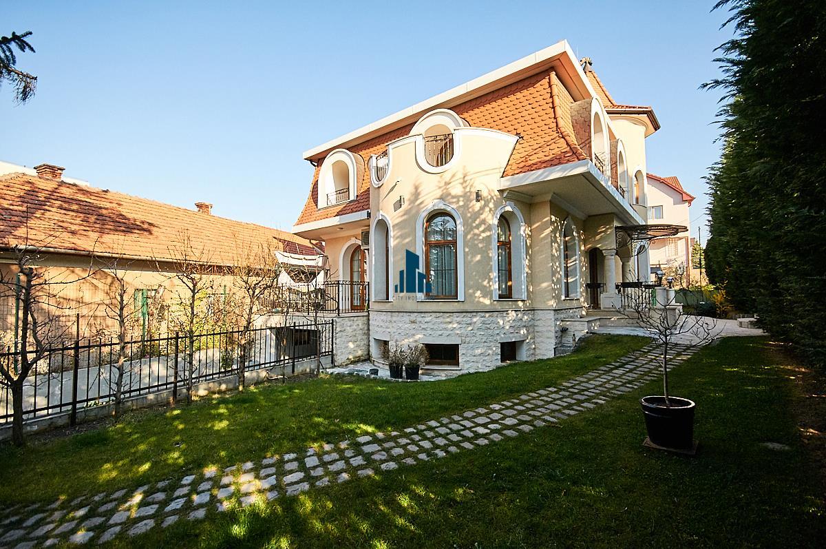 Casa individuala cu 4 camere, superfinisata LUX, in Andrei Muresanu