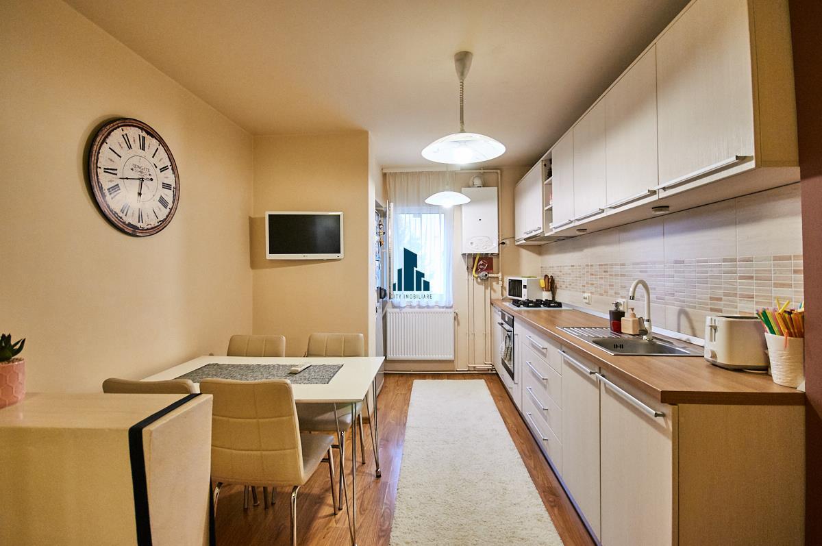 Apartament 4 camere decomandat LUX, 84 mp, 1/4, str. Gheorghe Dima, Zorilor