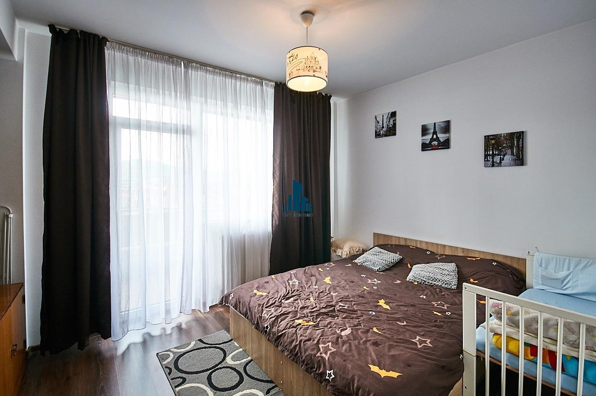 Apartament cu 3 camere, S66mp+ 9mp balcon, et 4/5, zona Tineretului.