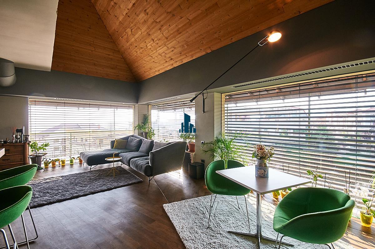 Penthouse LUX, S203 mp + 33 mp. terasa, Panorama, Andrei Muresanu