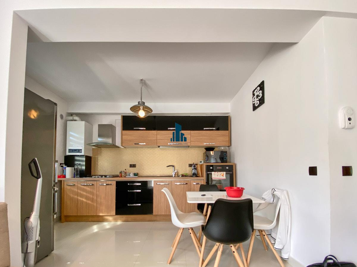 Apartament 3 camere, S75mp+ 13mp balcon, Sub Cetate