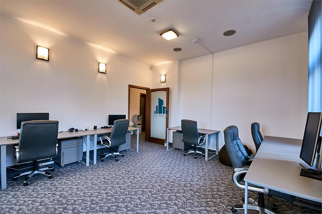 Spațiu birou de inchiriat ultracentral 120 mp. bd. Eroilor nr. 48