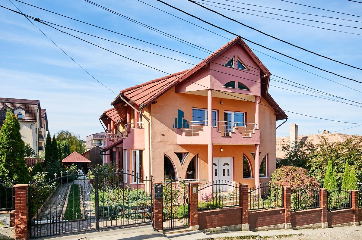 Casa individuala cu piscina Zorilor, 5 camere, 200 mp. utili, teren 540 mp.