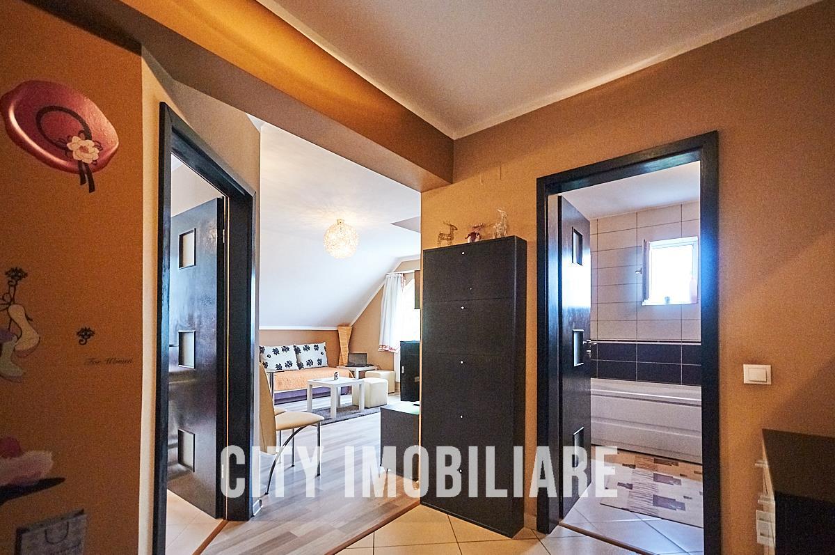 Apartament 3 camere, S61mp.+parcare, bloc nou, zona linistita