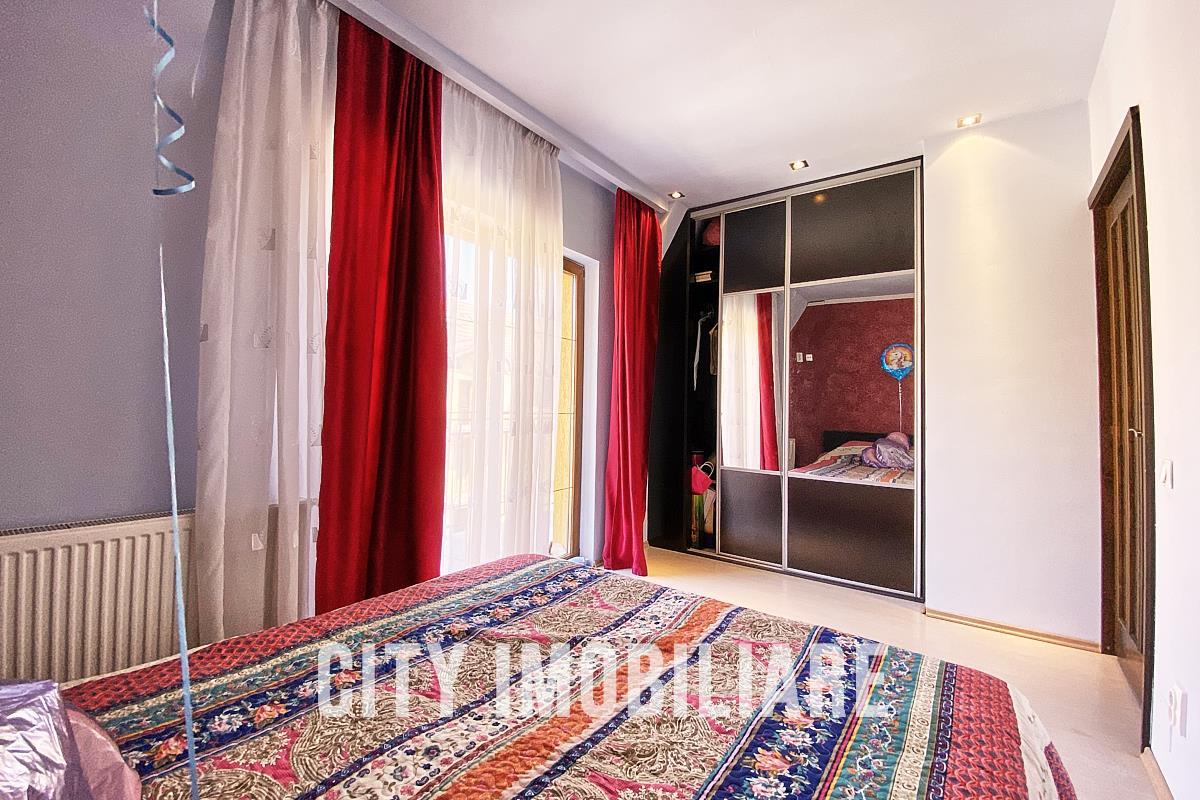 Apartament 3 camere, S101mp. +2 balcoane, bloc nou, str. Campului