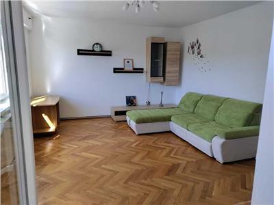 Apartament 2 camere, decomandat, mobilat, utilat, Andrei Muresanu.