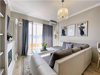 Apartament 2 camere, Lux, mobilat, parcare, in Viva City, zona Iulius Mall.