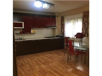 Apartament 3 camere, decomandat, mobilat, utilat, str.Teodor Mihali