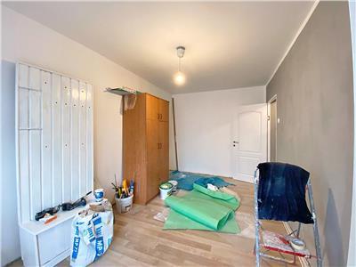 Garsoniera 1 camera, S 26 mp, recent renovată, Louis Pasteur.