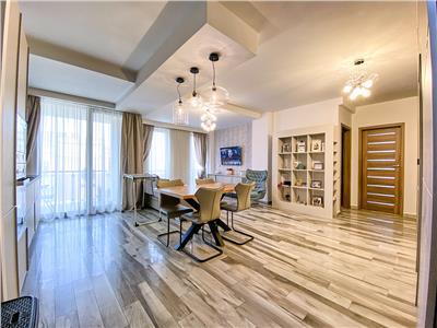 Apartament 3 camere LUX, S-88 mp.+2 terase, parcare, Iulius Mall