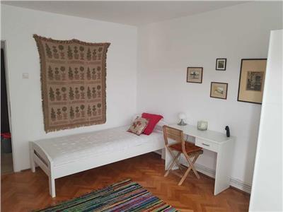 Apartament 2 camere, decomandat, mobilat, utilat, Manastur.