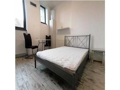 Apartament 1 camera, semidecomandat, mobilat, Centru.