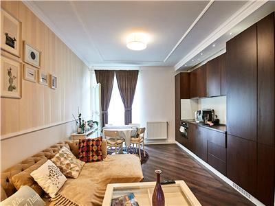 Apartament 3 camere, Lux, 2 bai, etaj intermediar, Soporului