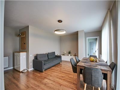 Apartament 3 camere, decomandat, S-64 mp, LUX, etaj 4/5, Europa