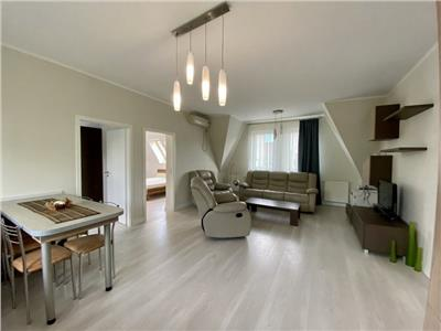 Apartament in vila 3 camere, mobilat, utilat, cartierul Andrei Muresanu.