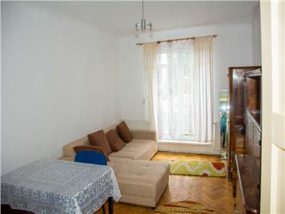 Apartament 2 camere, decomandat, mobilat, str. Bucuresti.