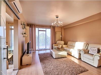 Apartament 3 camere LUX, S-90 mp + 23 mp. terase, Europa