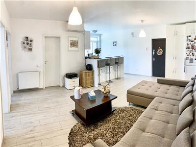 Apartament cu 3 camere, S70mp+ balcoane, et 2/5, zona Tineretului.