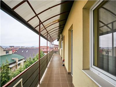 Apartament 5 camere cu 3 bai, 130 mp + 3 balcone 30 mp. str. Mircea Eliade, Zorilor