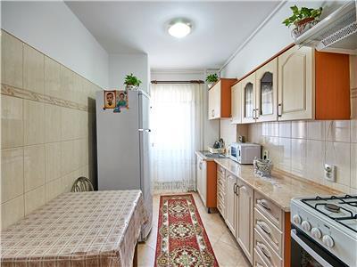 Apartament 3 camere, S-72 mp, str. Izlazului 18