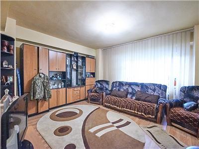 Apartament 4 camere, decomandat, S 93 mp, str. T. Mihali