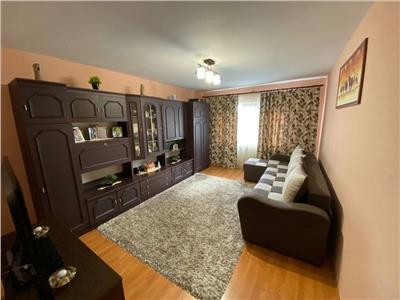 Apartament 2 camere, decomandat, mobilat, utilat, Intre Lacuri.
