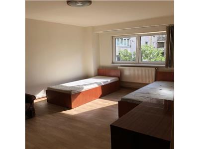 Apartament 3 camere, decomandat, S 67 mp, Teodor Mihali.