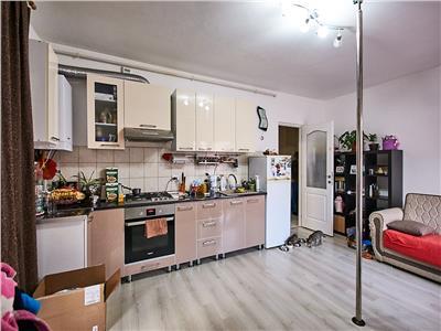Apartament 2 camere, decomandat, parter+ gradina 20 mp, Borhanci.