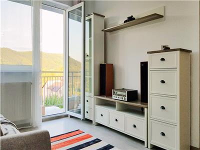Apartament cu 2 camere, S51mp+ 8mp balcon, et 1/4, zona Vivo.