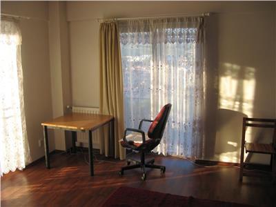 Apartament 1 camera, 32 mp, 6/8, Bloc Nou,  Piata 1 Mai, Panorama frumoasa