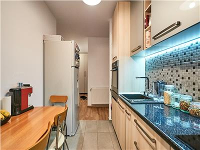 Apartament 2 camere, decomandat, S 52 mp + 12 mp terasa.