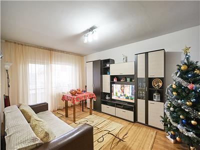 Apartament 4 camere, decomandat, S-80 mp+ 2 balcoane, Intre Lacuri
