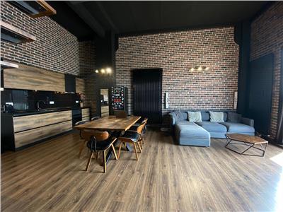Apartament tip Loft, 3 camere, LUX, S-85 mp., pe 2 nivele, Centru