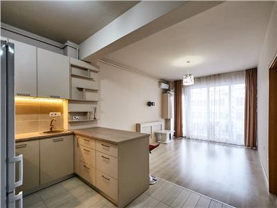 Apartament 2 camere, S-63 mp + 13mp. terasa, bloc nou, str. Traian