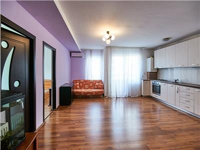 Apartament cu 3 camere, S-58mp + 4 mp balcon, str. Florilor 192