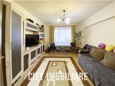 Apartament 4 camere, +balcon, decomandat, zona Manastur.