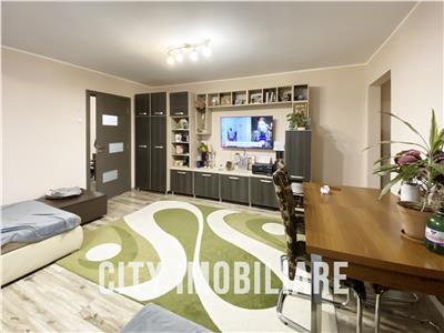 Apartament 3 camere, S-72mp, zona Manastur.