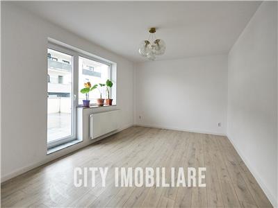 Apartament 4 camere, S-89mp+90 mp. terasa, finisat, str. Coposu