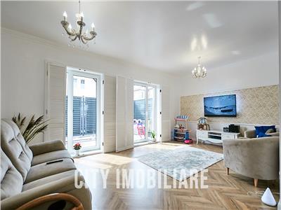 Duplex nou, LUX, 3 dormitoare, 3 bai, S-120 mp+250 teren, Europa