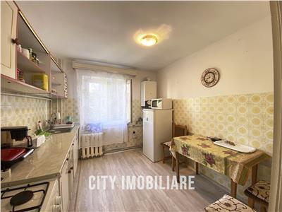 Apartament cu 3 camere, S67mp+ 5mp balcon, et 2/4, Manastur.