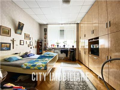 Apartament 3 camere S-85 mp., zona Centrala, str. Albert Einstein