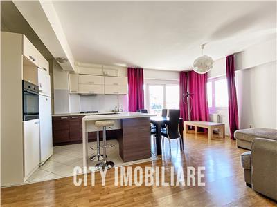 Apartament 4 camere, S-102mp + 2 balcoane, parcare, str. Bucuresti