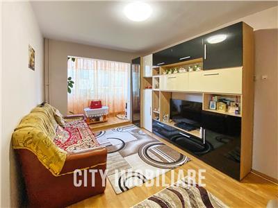 Apartament 2 camere, semidecomandat, mobilat, utilat, Manastur.